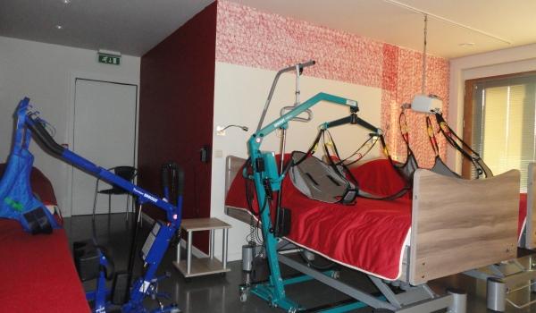 Vele gehandicapten vakanties binnen en buiten de EU | 600×350 BE-AG_Bedden-tilliften | Vele gehandicapten vakanties binnen en buiten de EU
