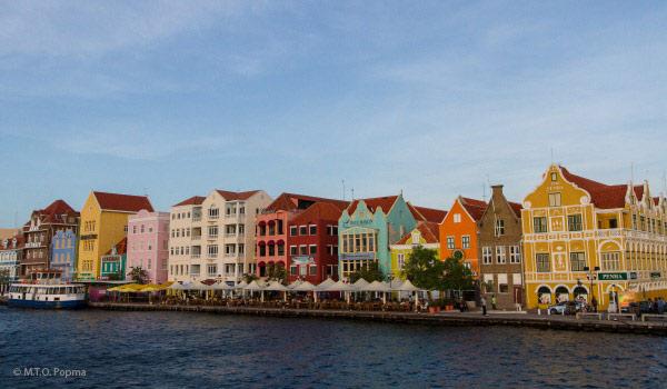 Vele gehandicapten vakanties binnen en buiten de EU | 600×350-Curacao-havekade.jpg | Vele gehandicapten vakanties binnen en buiten de EU
