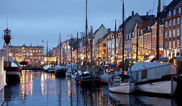 Vele gehandicapten vakanties binnen en buiten de EU | DK-Copenhagen-Christmas.jpg | Vele gehandicapten vakanties binnen en buiten de EU