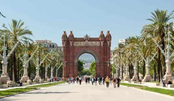 Vele gehandicapten vakanties binnen en buiten de EU | 600×350-Barcelona-11.jpg | Vele gehandicapten vakanties binnen en buiten de EU
