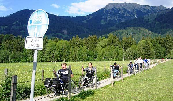 Vele gehandicapten vakanties binnen en buiten de EU | 600×350-Handbiketouren-Oberstdorf-Juni-2004-161.jpg | Vele gehandicapten vakanties binnen en buiten de EU