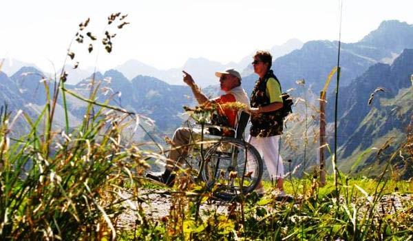 Vele gehandicapten vakanties binnen en buiten de EU | 600×350-DE-Oberstdorfer-Rostoel1.jpg | Vele gehandicapten vakanties binnen en buiten de EU