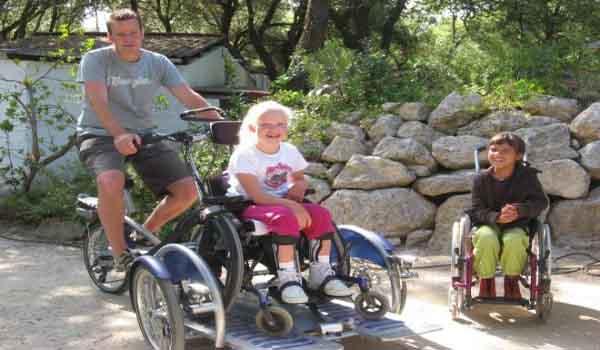 Vele gehandicapten vakanties binnen en buiten de EU | 600×350-FR-Laccolade-rolstoel.jpg | Vele gehandicapten vakanties binnen en buiten de EU