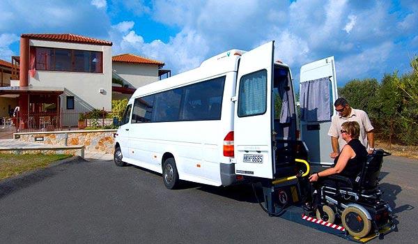 Vele gehandicapten vakanties binnen en buiten de EU | 600×350-Kreta-Eria_Resort_Bus.jpg | Vele gehandicapten vakanties binnen en buiten de EU