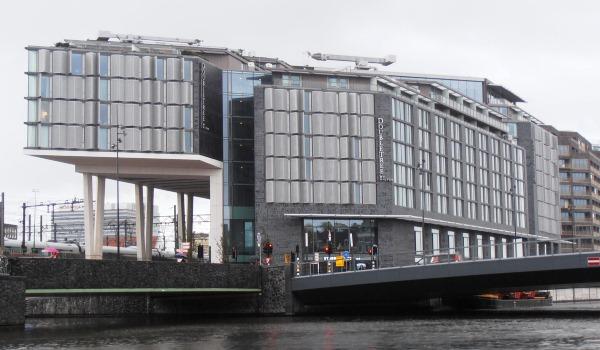 Vele gehandicapten vakanties binnen en buiten de EU | 600×350-Amsterdam-DT.jpg | Vele gehandicapten vakanties binnen en buiten de EU