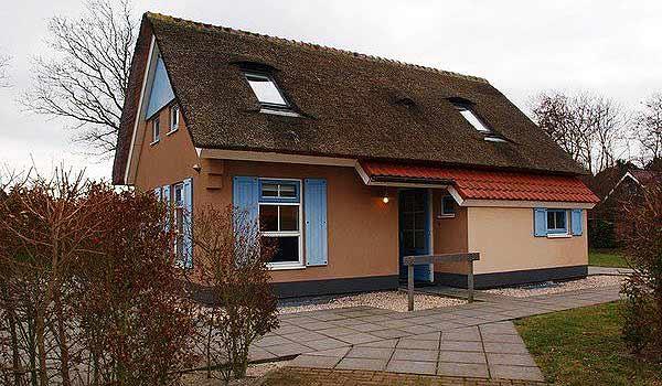 Vele gehandicapten vakanties binnen en buiten de EU | 600×350-Texel-Park-T6AM-514-Huis.jpg | Vele gehandicapten vakanties binnen en buiten de EU